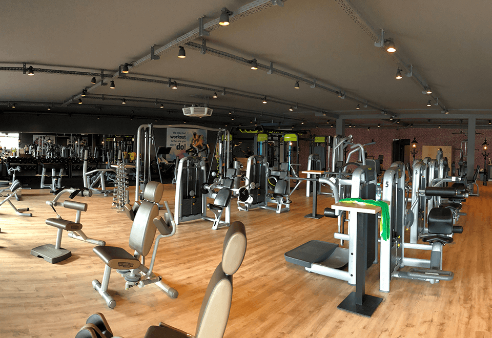 Trainingsfläche im redfit fitness & sports Garrel
